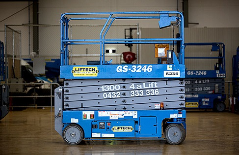 10m Standard Scissor Lifts